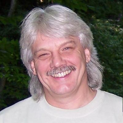Larry Schard Headshot