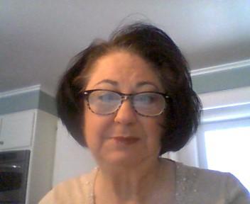 Susan Golden Headshot